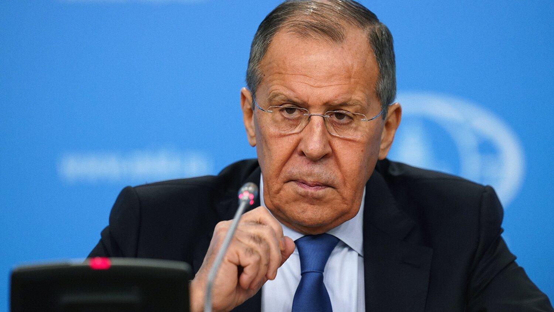 Лавров прокомментировал отказ крымчанам в шенгенских визах